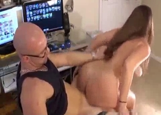 Dark-haired sister nicely jumps on my boner
